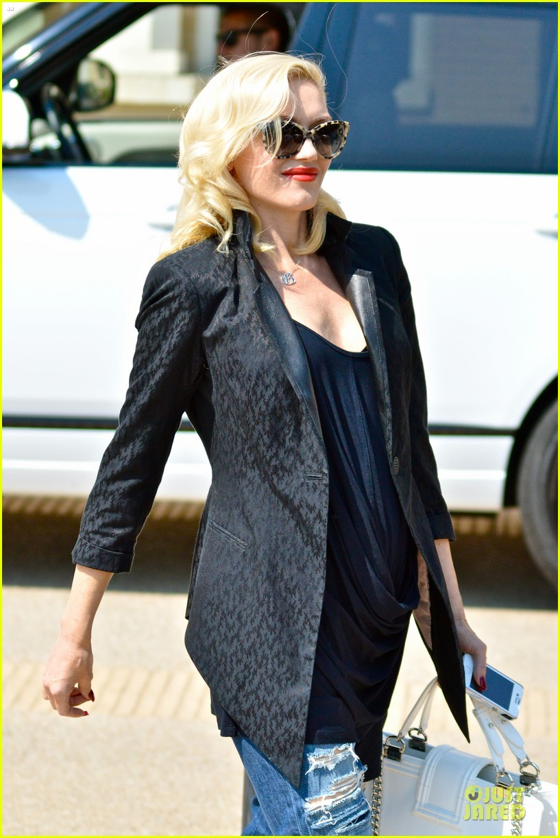 gwen stefani pregnancy confirmed by eve 10