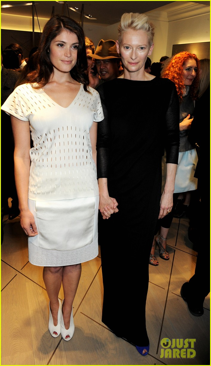 tilda swinton samantha barks pringle of scotland event 052954140