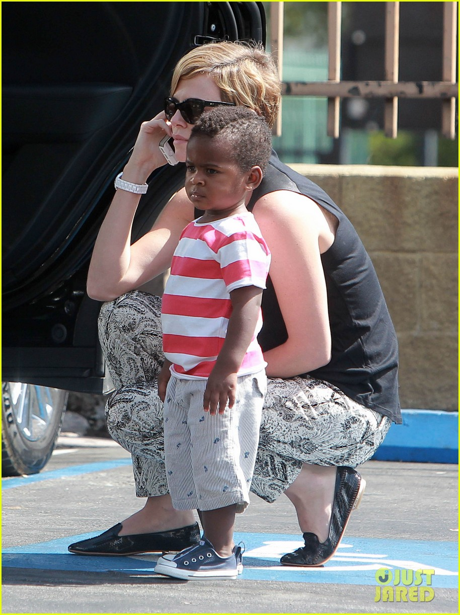 charlize theron grabs coffee with her little man jackson 11