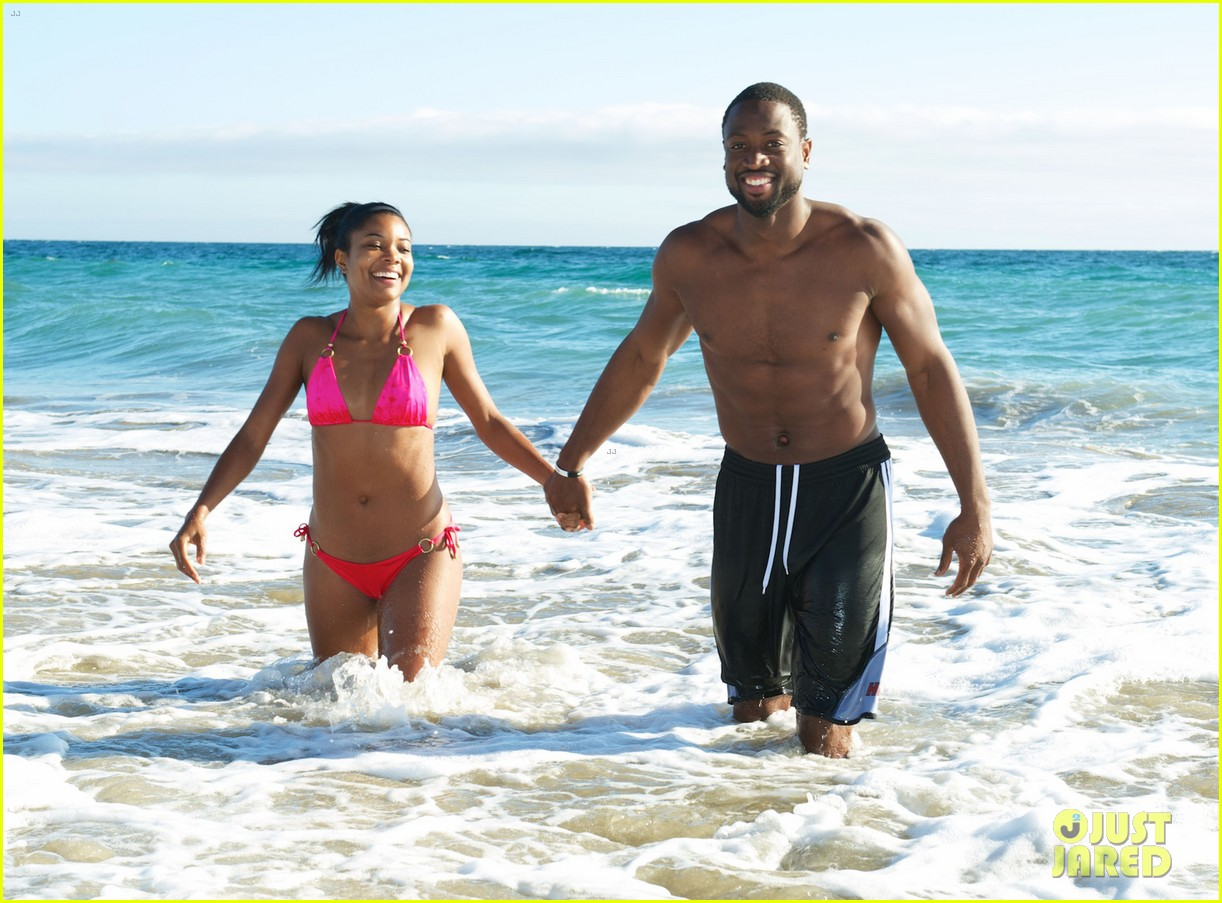 gabrielle union bikini beach babe with shirtless dwyane wade 01