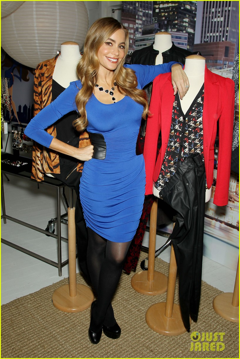 sofia vergara celebrates fall holiday collections for kmart 032959976