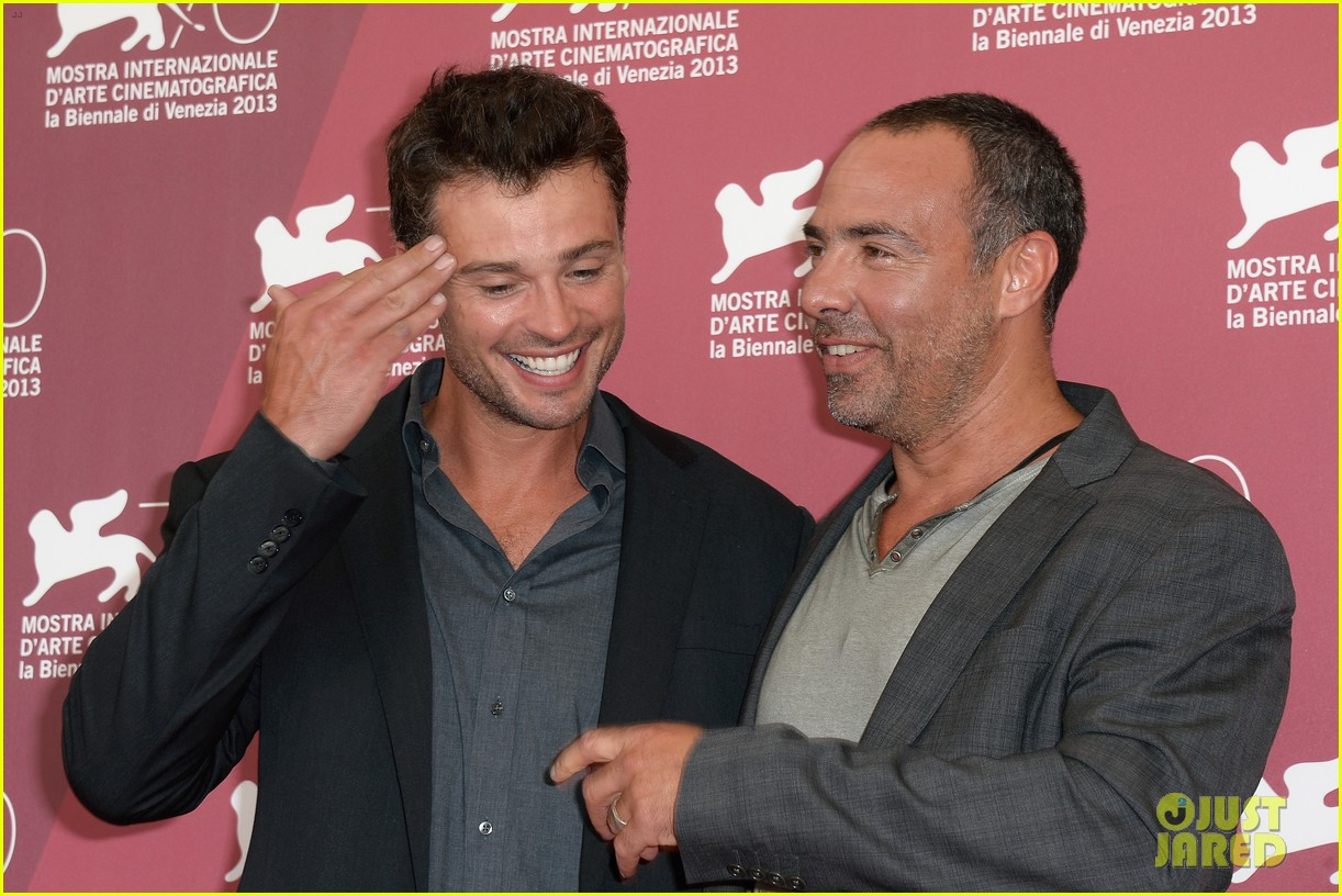 tom welling parkland photo call at venice film festival 12