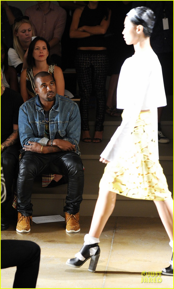 kanye west louise goldin fashion show 032946040