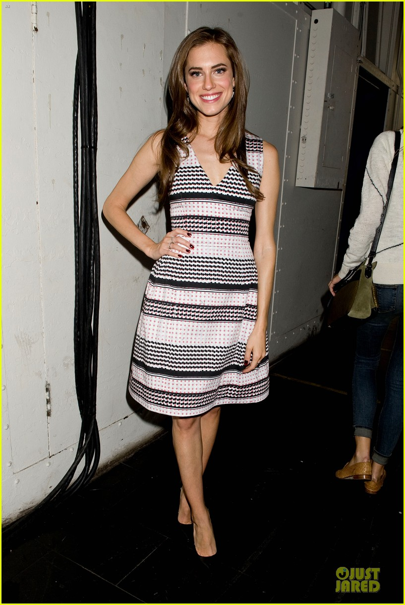 allison williams zachary quinto prabal gurung fashion show 03