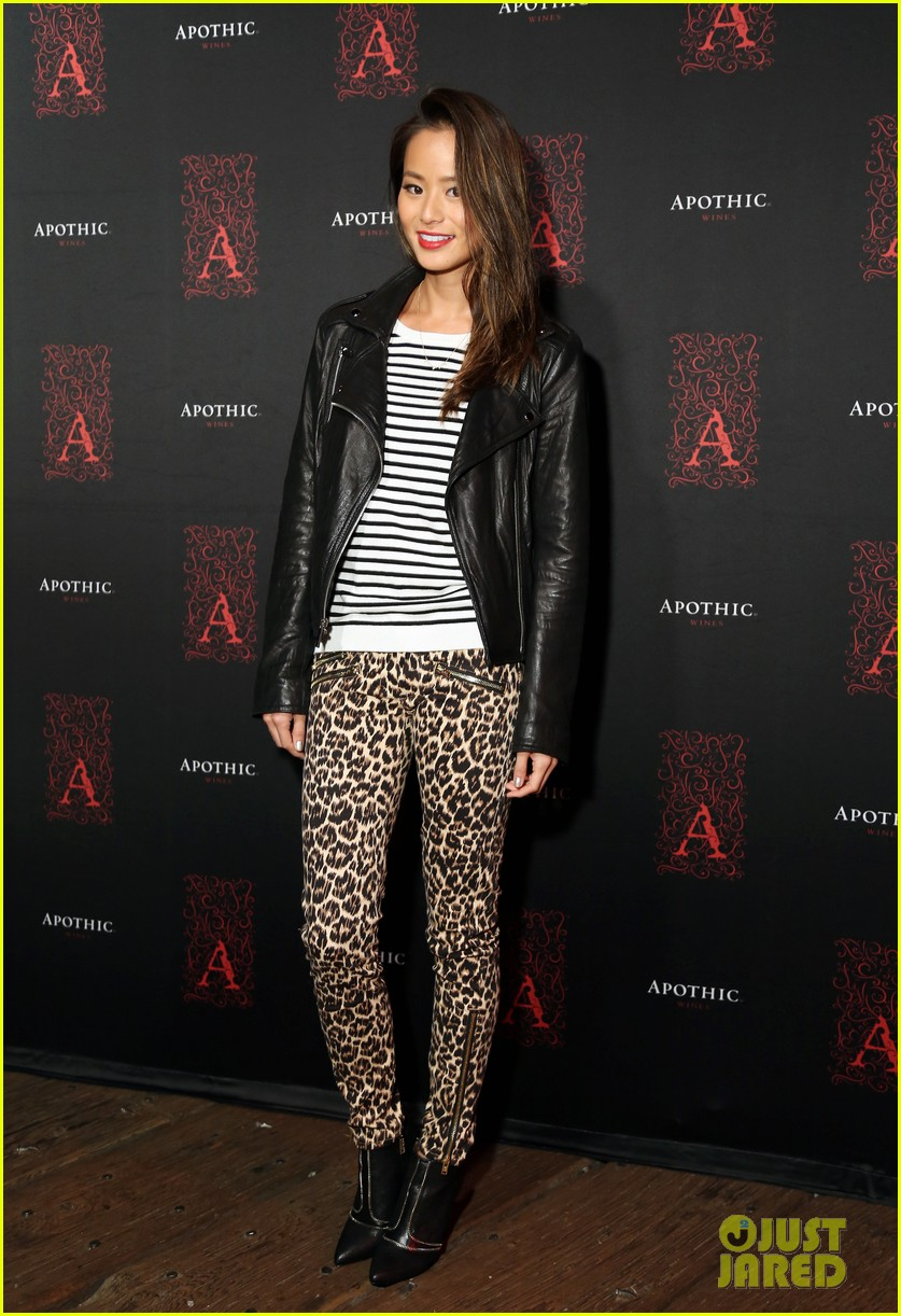 odette annable jamie ching apothic dark wine launch 142959774