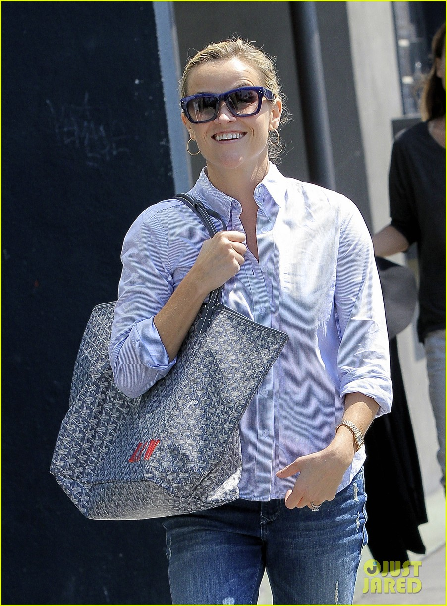 reese witherspoon weekday meetings after tiff premiere 042950591
