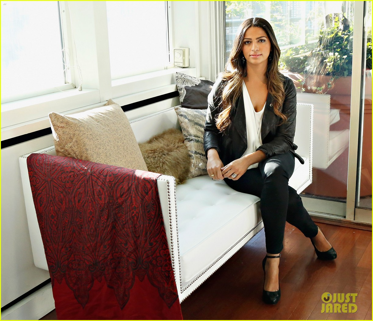 camila alves inc holiday preview 2013 09