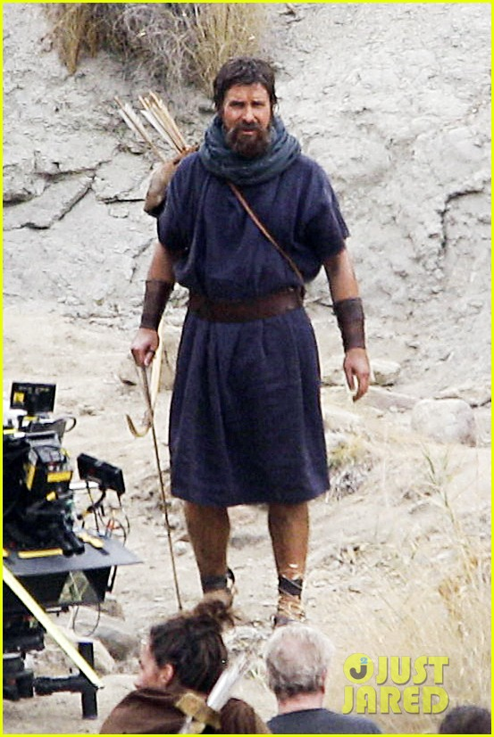 christian bale rocks beard wears tunic for exodus 062977062
