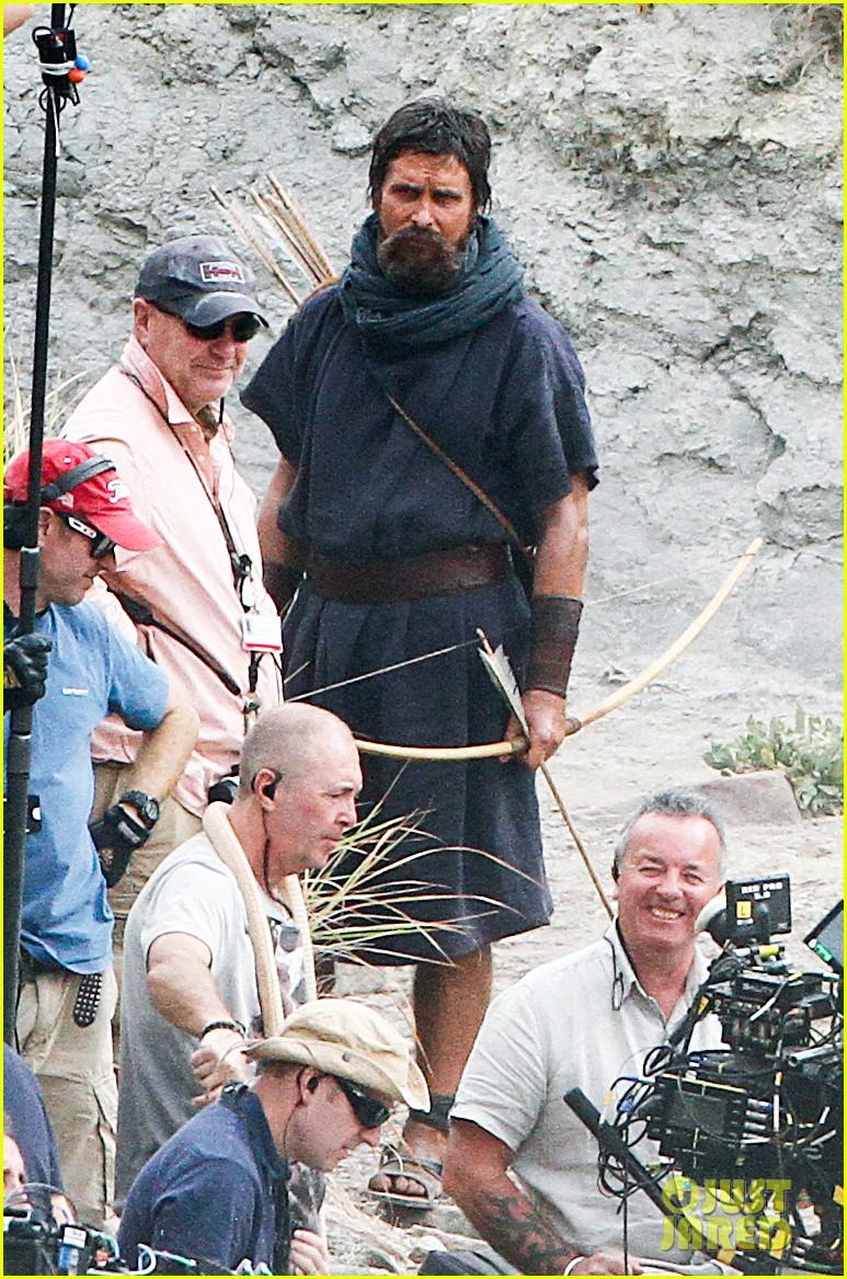 christian bale rocks beard wears tunic for exodus 162977072