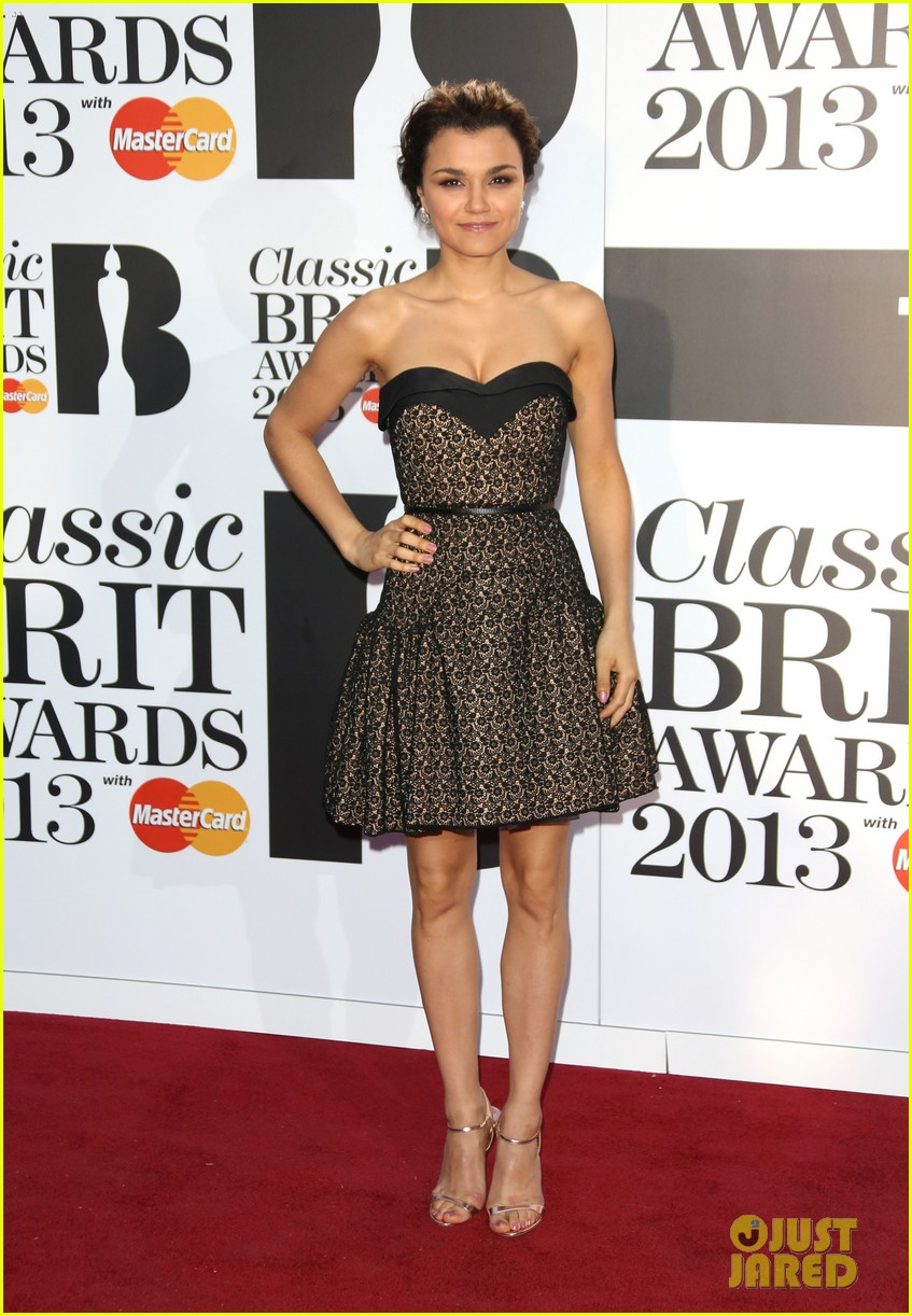 samantha barks celebrates birthday at classic brit awards 012964758
