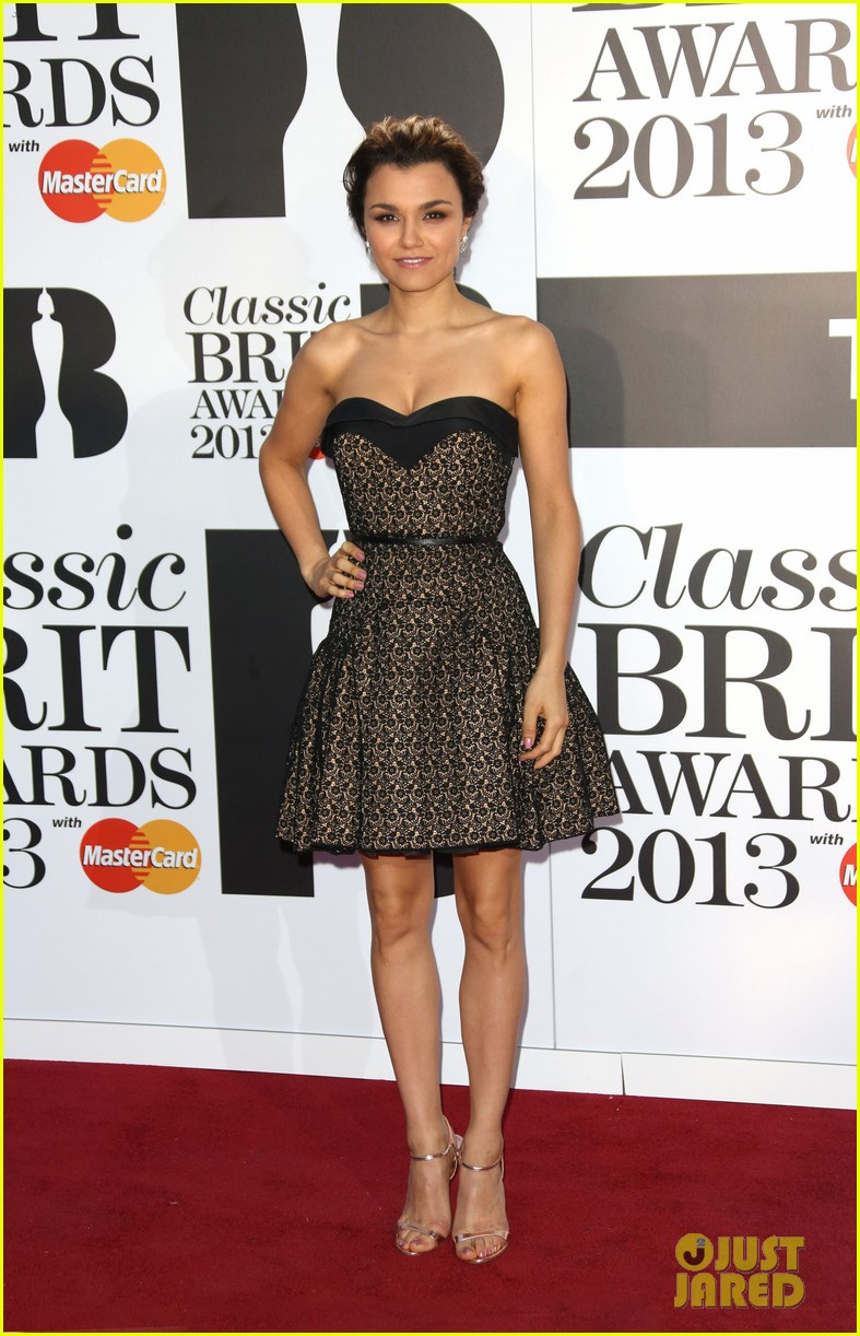 samantha barks celebrates birthday at classic brit awards 17