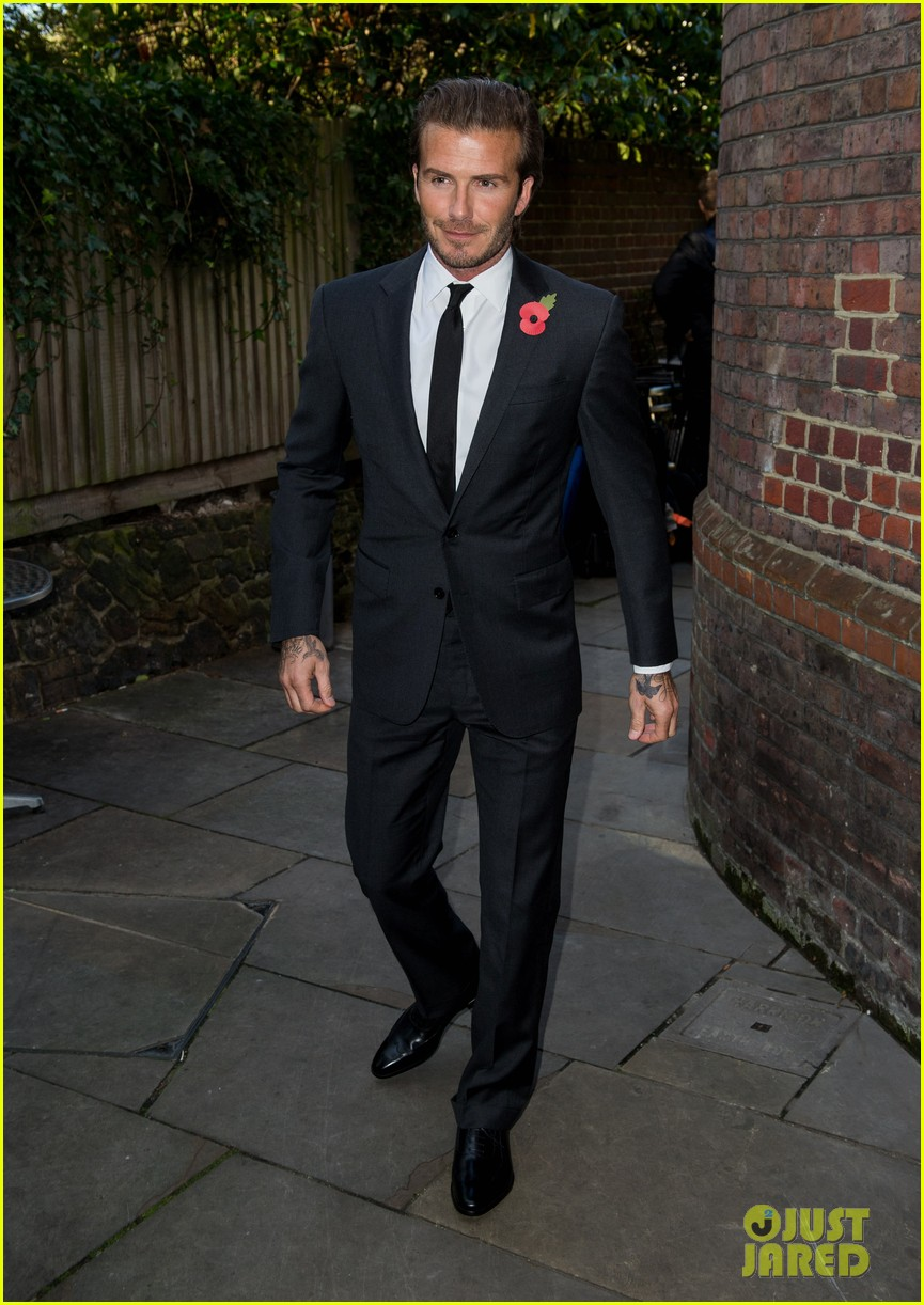 david beckham facebook global book signing 052982941