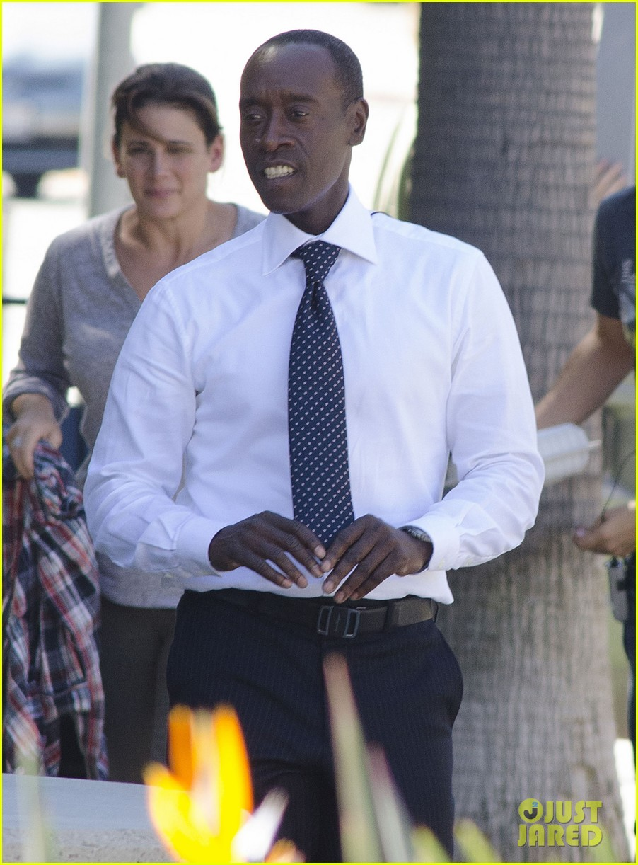 kristen bell films house of lies alongside don cheadle 07