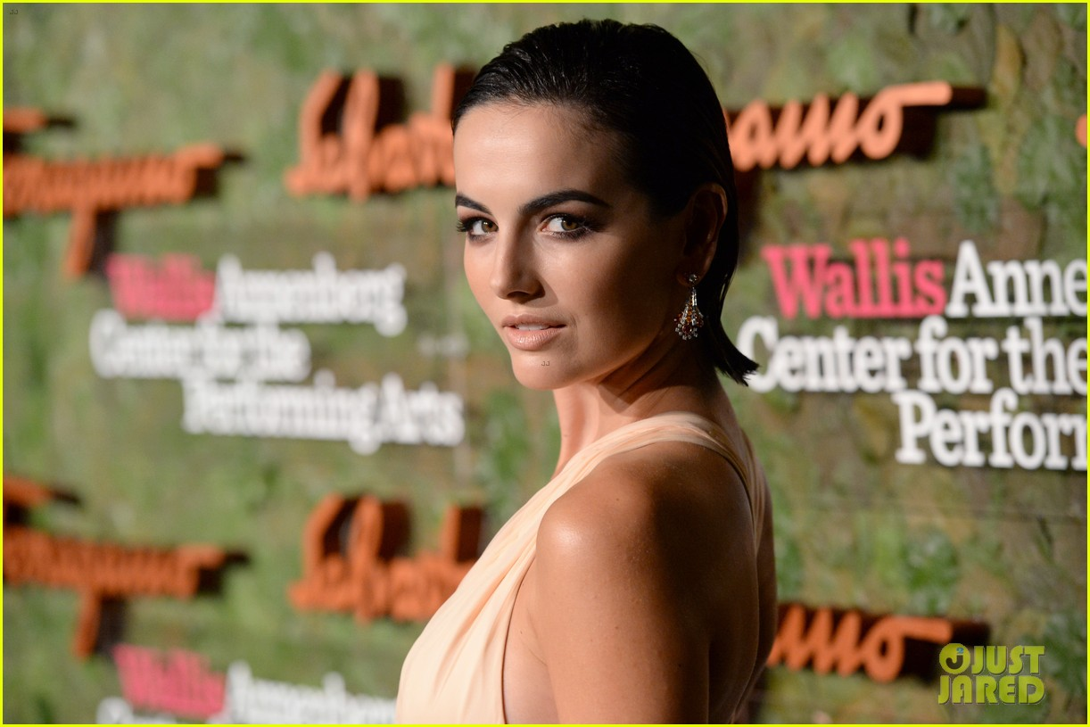 camilla belle joe jonas reunite at annenberg center gala 08