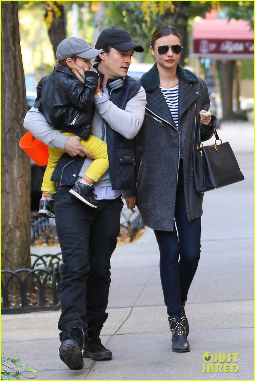 orlando bloom miranda kerr happy halloween with flynn 112981756