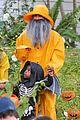 sandra bullock melissa mccarthy halloween fishermen 26