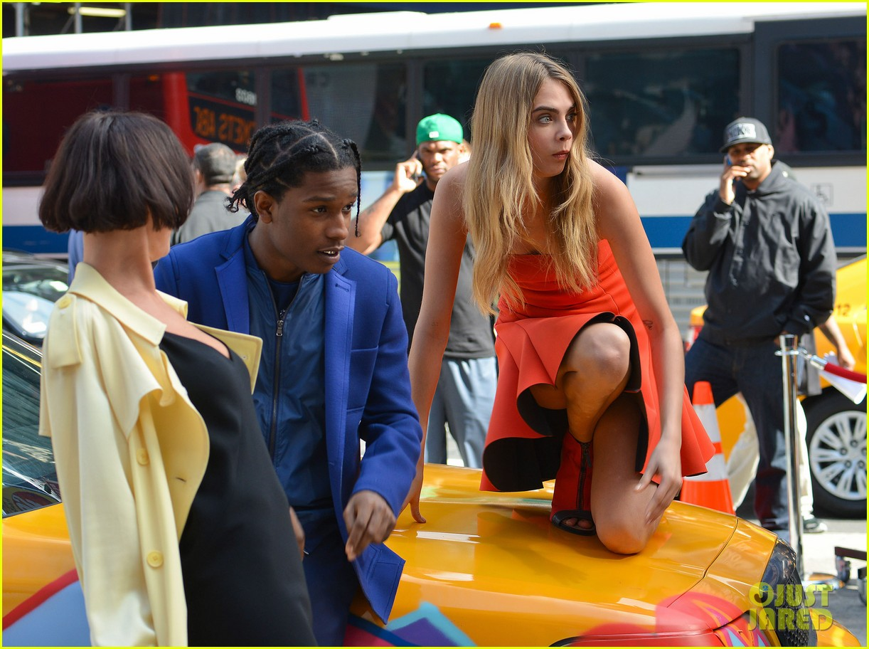 cara delevingne dkny shoot with asap rocky jourdan dunn 18