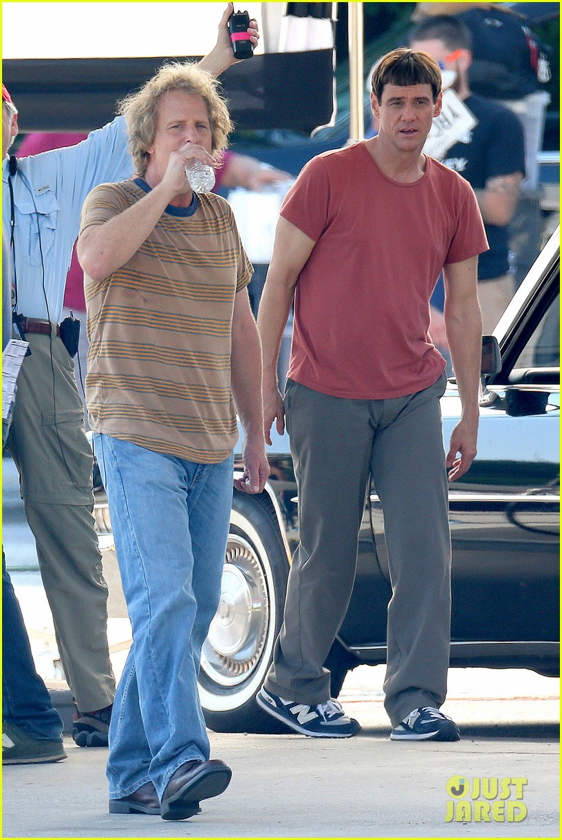 jim carrey jeff daniels continue filming dumb dumber to 062967640