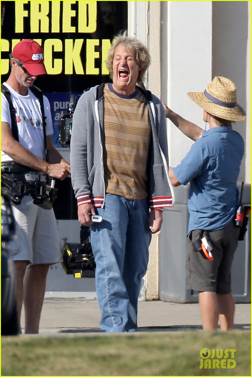 jim carrey jeff daniels continue filming dumb dumber to 072967641