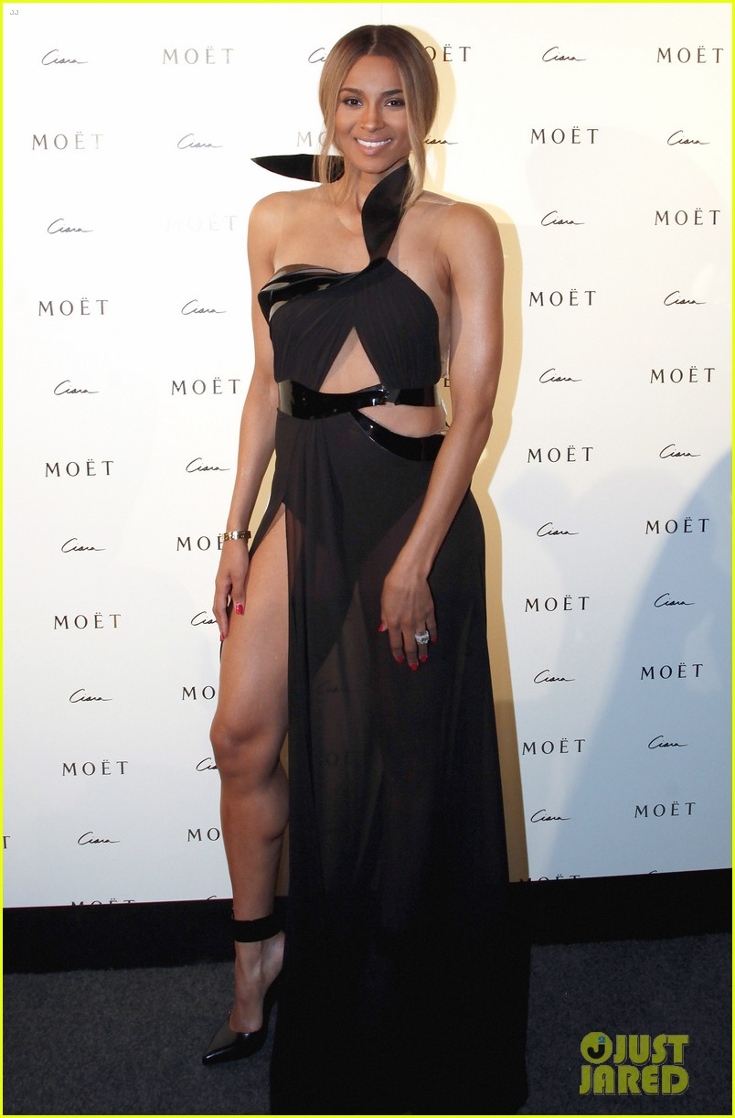 ciara shows off engagement ring at moet rose lounge 02