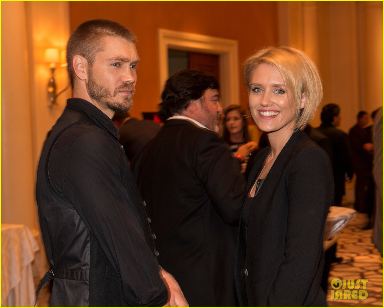 chad michael murray nicky whelan ante up for autism 012971489