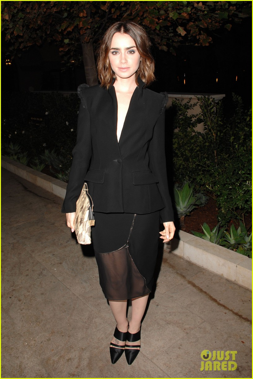 lily collins jessica pare vogue cfda fashion fund dinner 01