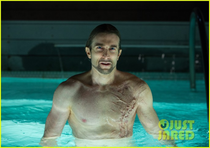 sharlto copley shirtless as oldboy villain in new still 02