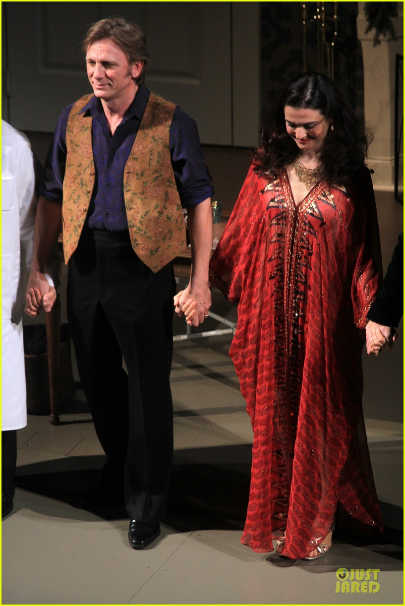 daniel craig rachel weisz betrayal first preview performance 16