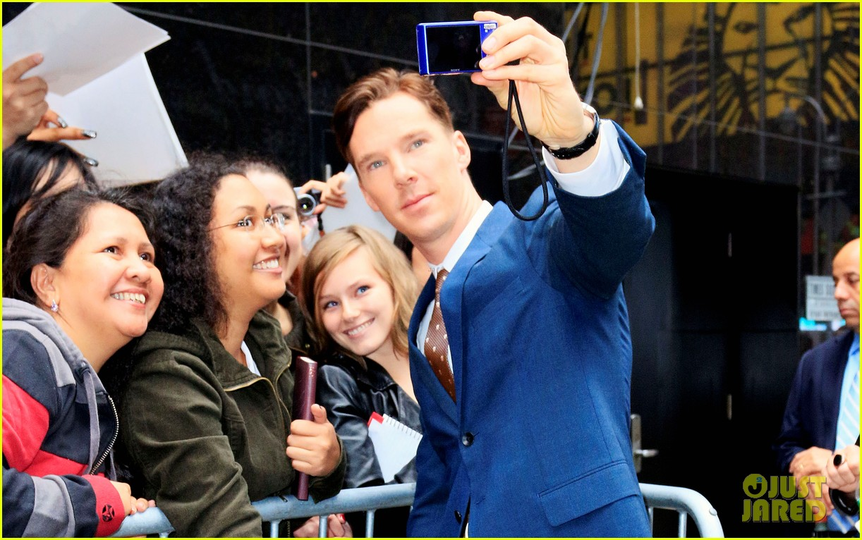 benedict cumberbatch discusses julian assanges letter on gma 032970126
