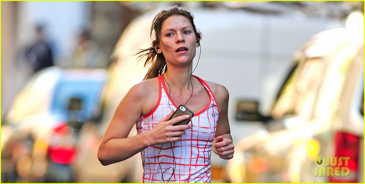 claire danes new homeland tonight 03