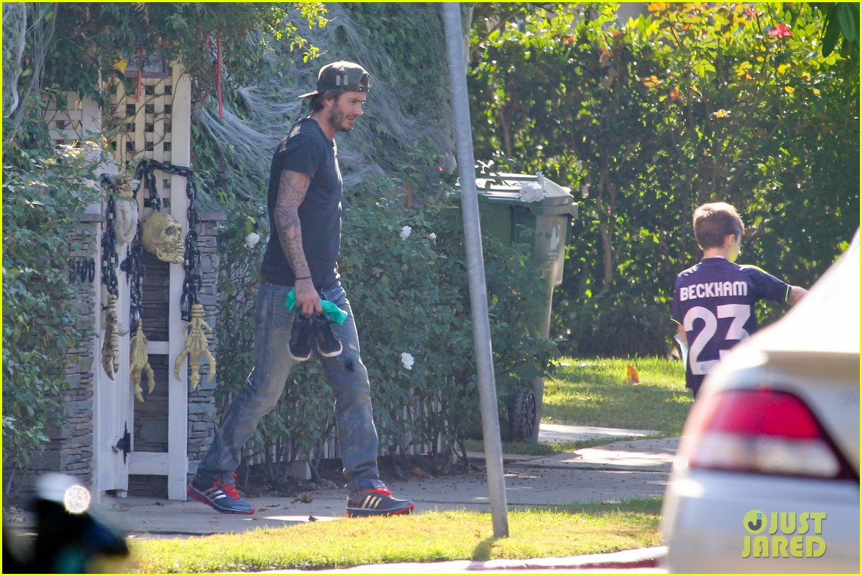 david beckham sunday soccer practice cruz 112975771