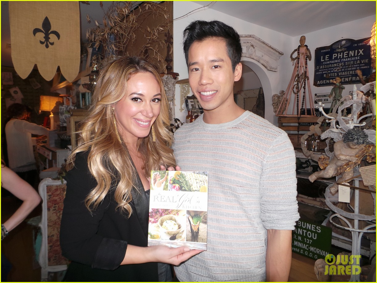 hilary duff supports sister haylie at real girls kitchen signing 04