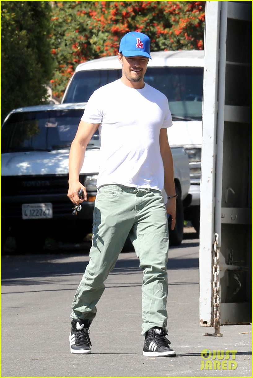 josh duhamel fergie planning on second child 032975373