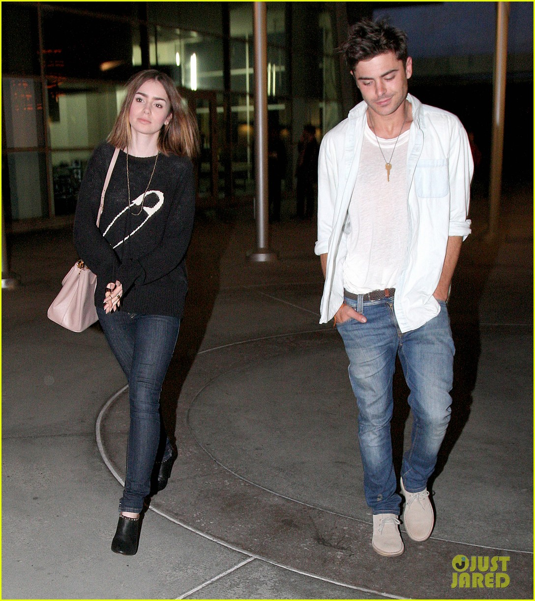 zac efron lily collins movie night out 16