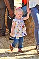 eric dane rebecca gayheart mr bones pumpkin patch visit 03