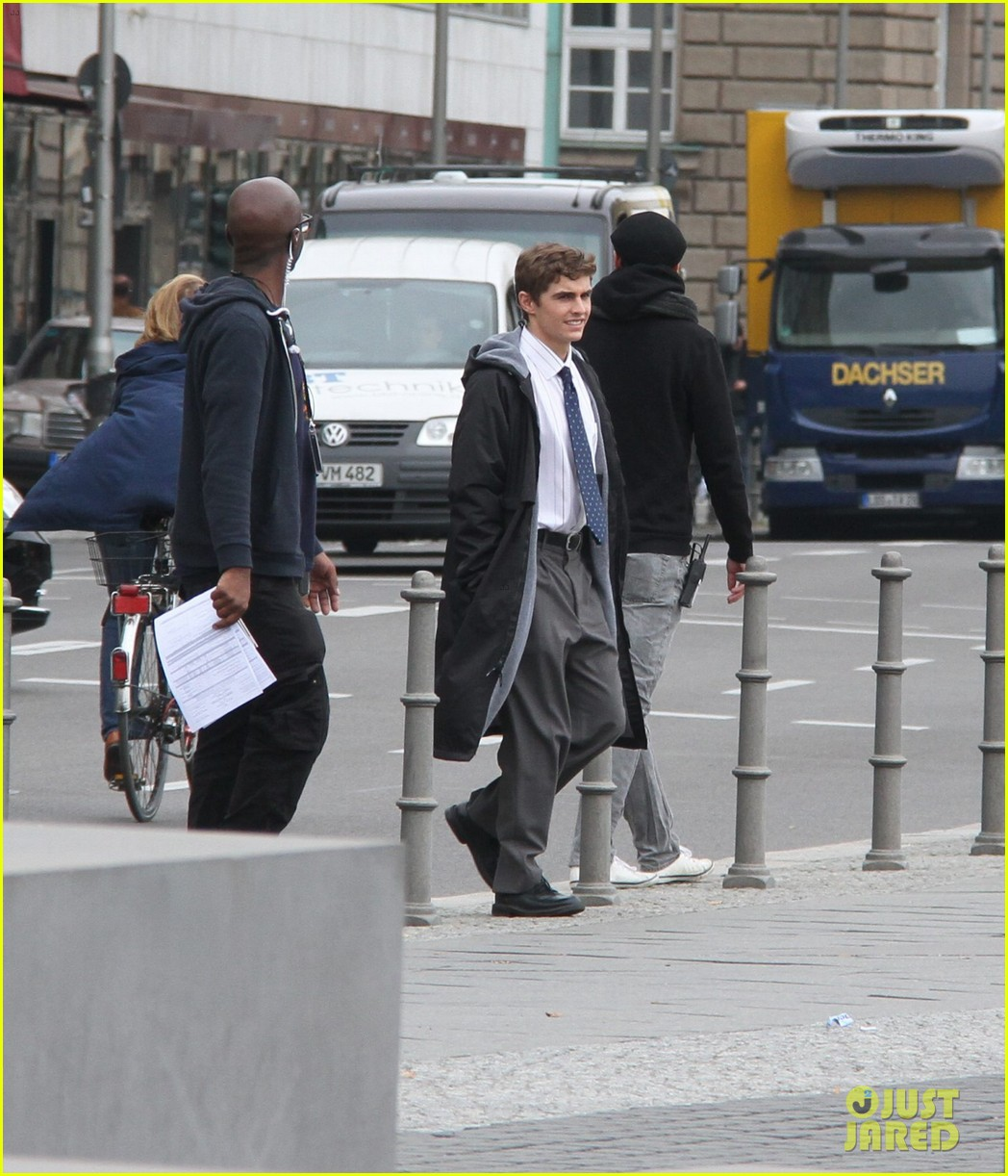 dave franco business trip set with james marsden 062968972