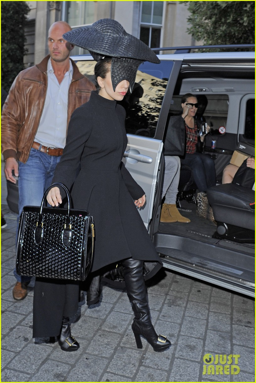 lady gaga steps out in london after puppy alice dies 02