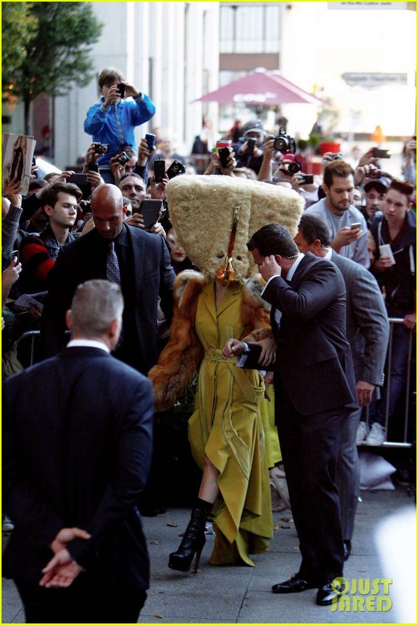lady gaga wears furry headpeice for artpop promo 12