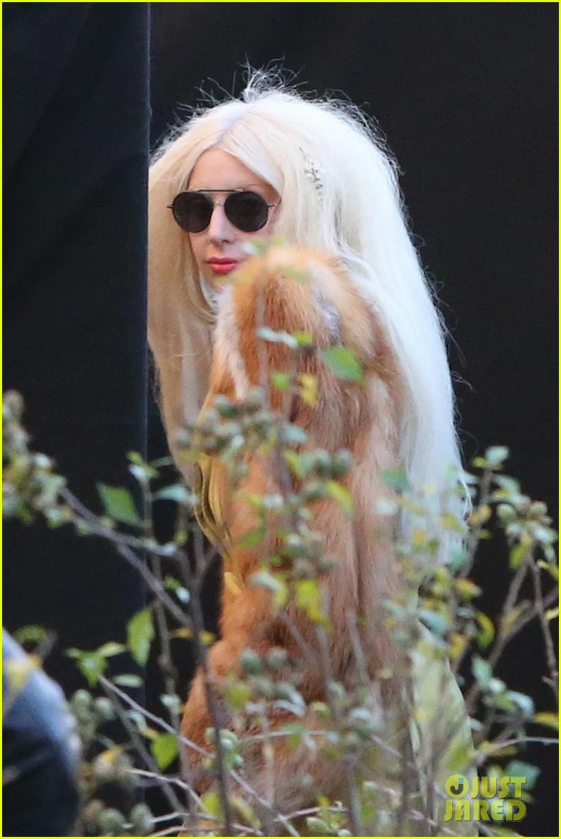 lady gaga wears furry headpeice for artpop promo 15