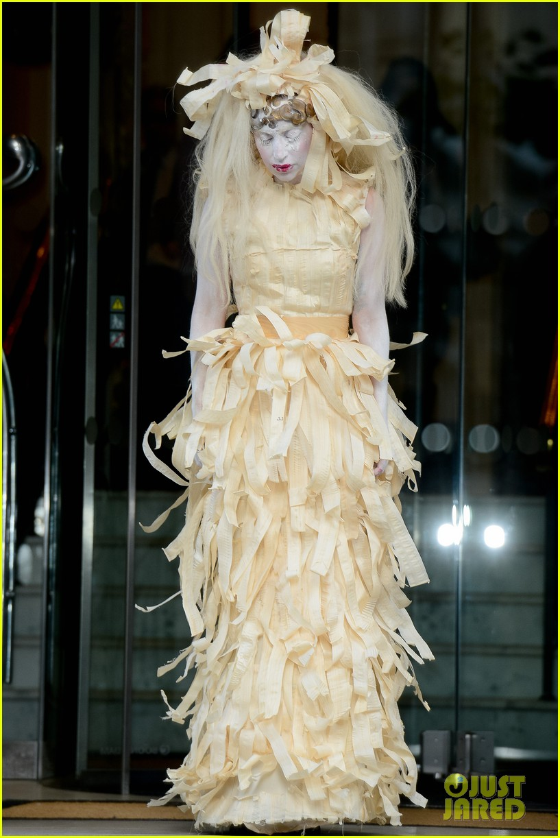 lady gaga steps out in full face powder interesting dress 06