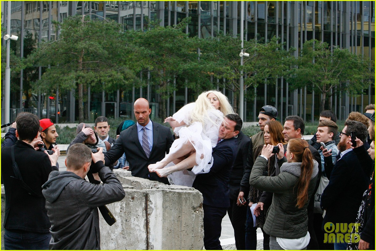 lady gaga naked under sheer cover up at berlin wall 01