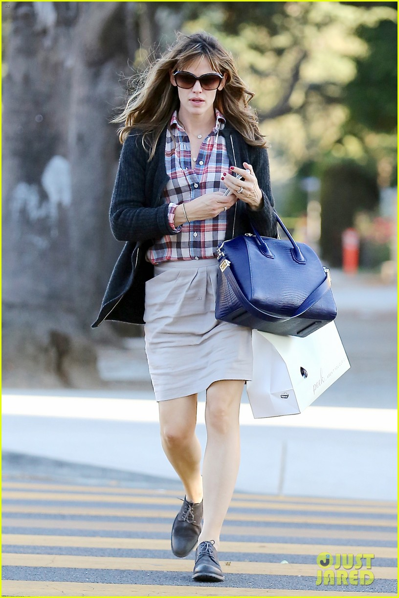 jennifer garner ben affleck gone girl gets release date 052972769