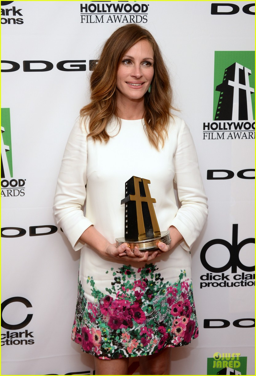 jennifer garner julia roberts hollywood film awards 2013 20