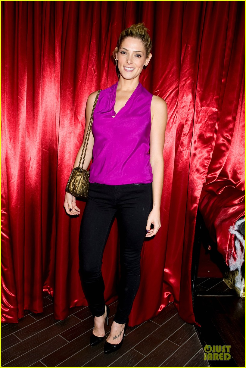 ashley greene just jared halloween party 2013 052979243