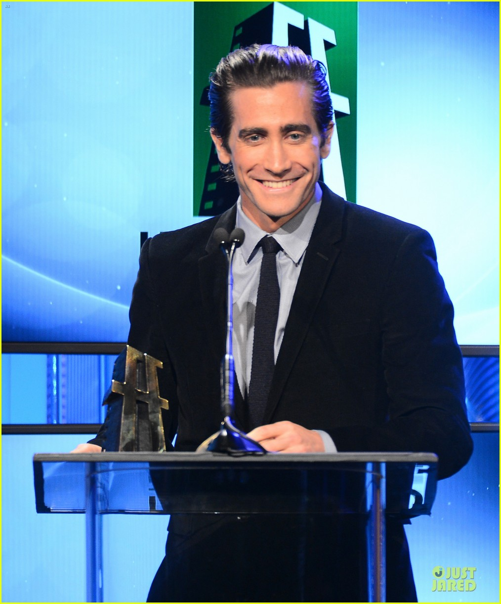jake gyllenhaal michael b jordan hollywood film awards 2013 13