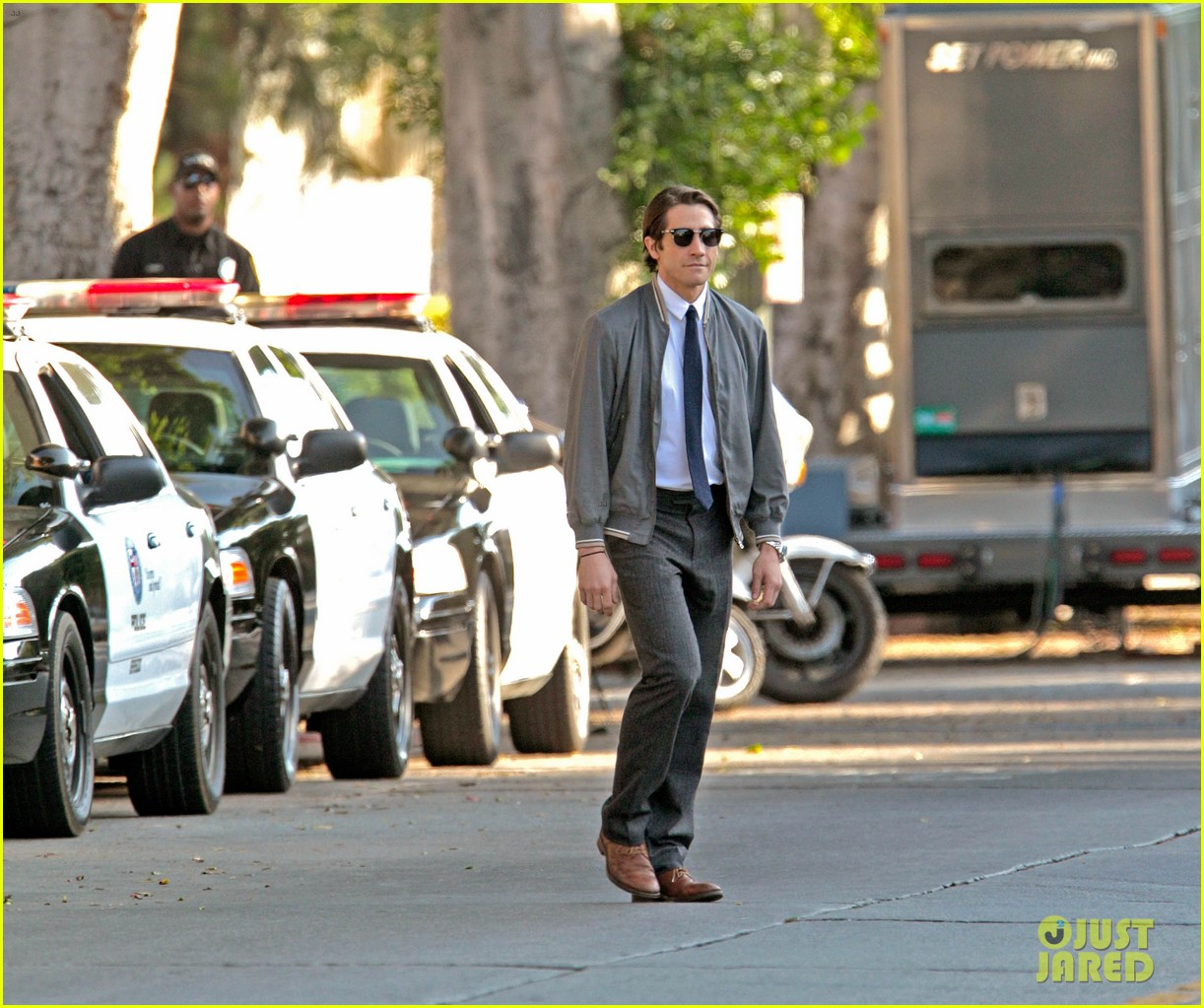 jake gyllenhaal looks slimmed down for nightcrawler shoot 072971607