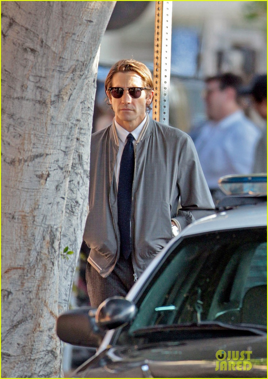 jake gyllenhaal looks slimmed down for nightcrawler shoot 142971614