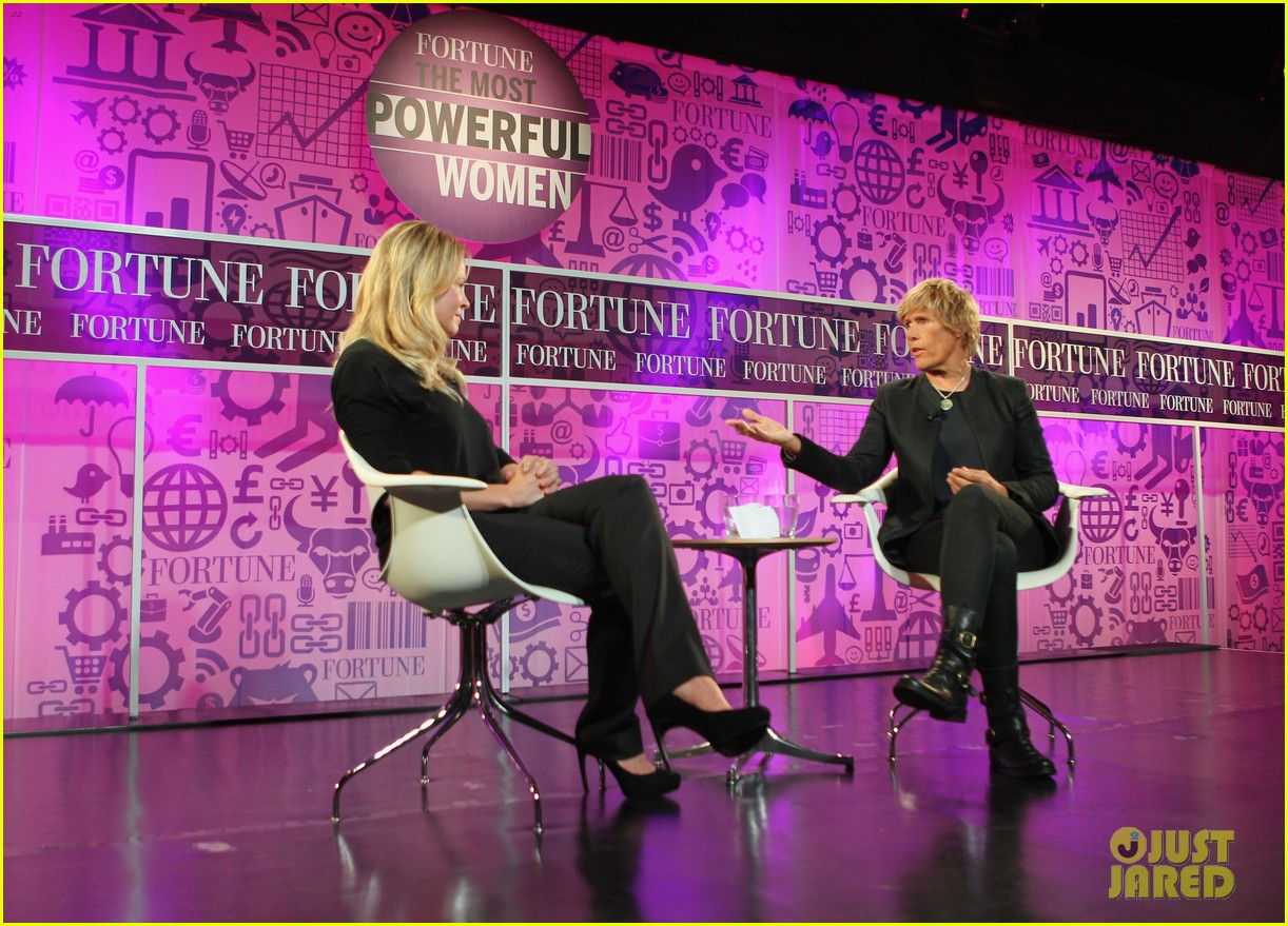 chelsea handler interviews diana nyad at fortune summit 09