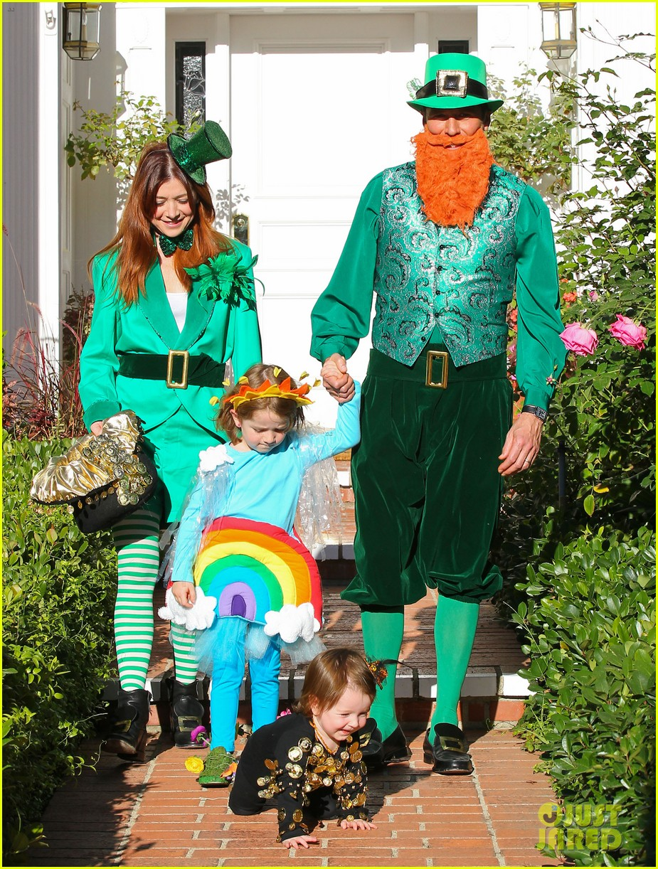 alyson hannigan family leprechaun halloween costume 2013 172983823
