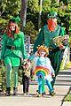 alyson hannigan family leprechaun halloween costume 2013 10